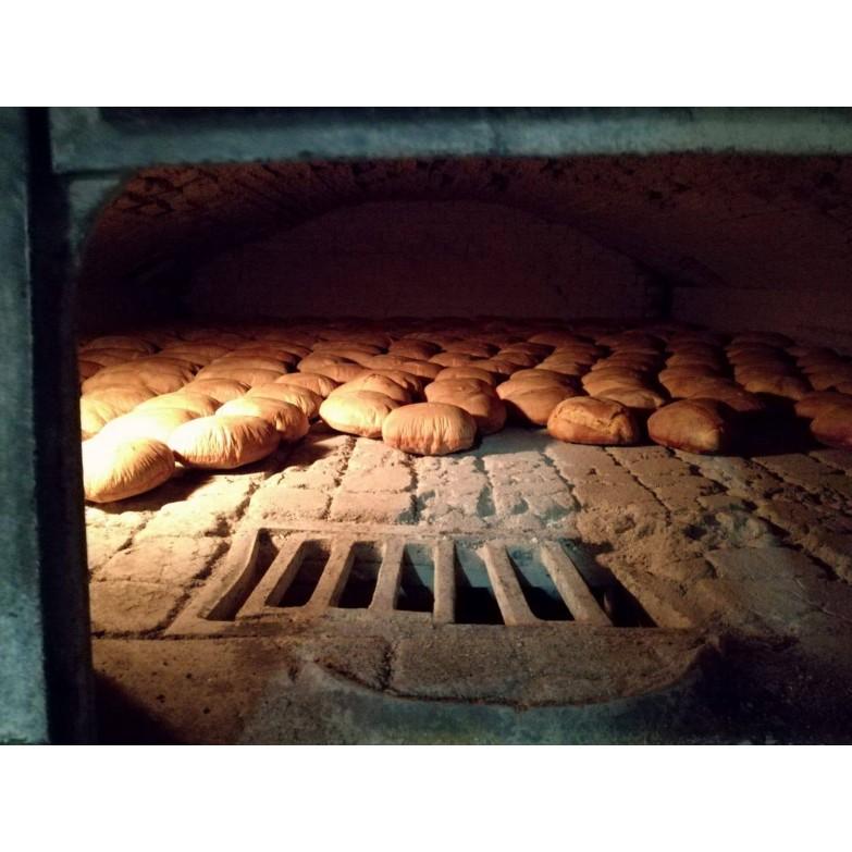 pane biscotto forno a legna